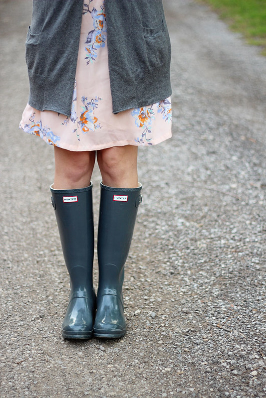 floral-dress-cardigan-wellies-5