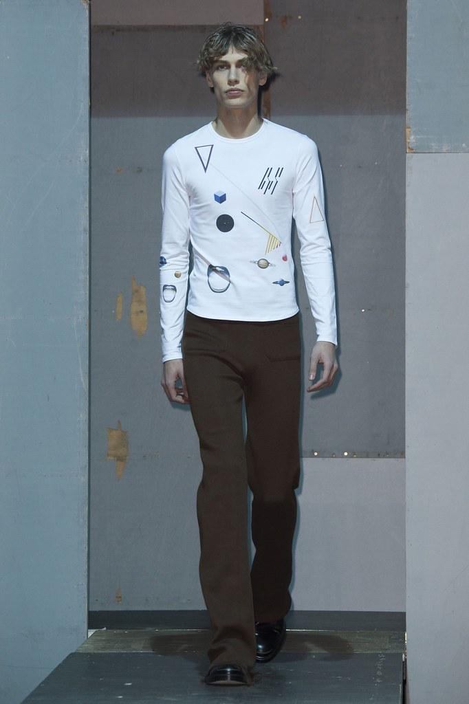 Marc Schulze3105_FW15 Paris Raf Simons(fashionising.com)