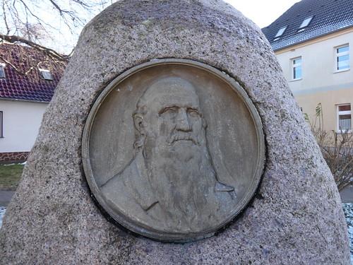 1929 Gröbzig Porträtrelief Turnvater Friedrich Ludwig Jahn (1778-1852) am Gedenkstein errichtet vom Turn-Verein Gröbzig von 1862 L147 Jahnstraße in 06388