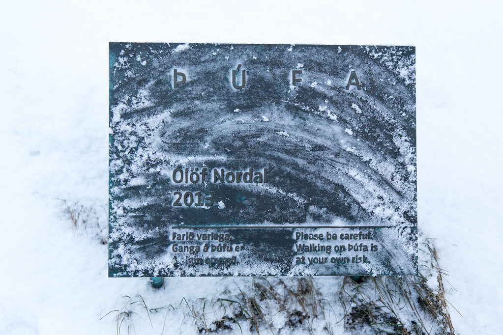 Þúfa by Ólöf Nordal