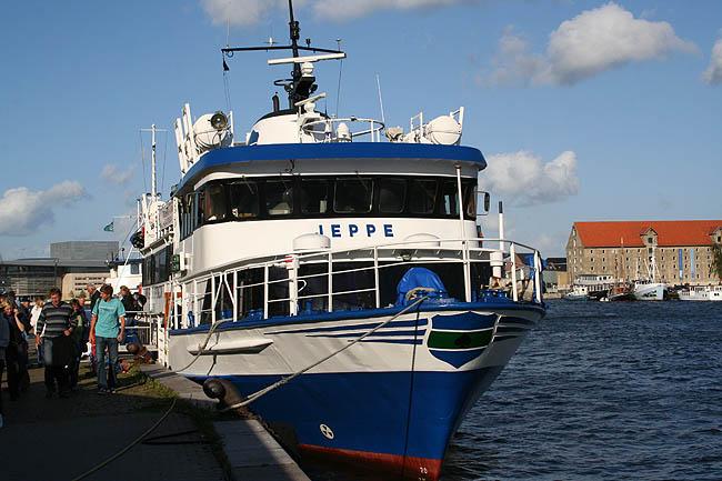 Barco a la isla. © Paco Bellido, 2007