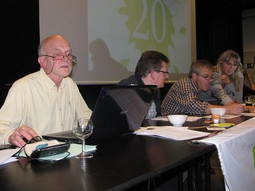 De quiz-jury berekent de uitslag