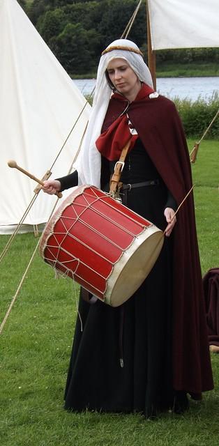 Medieval Lady Musician, Fujifilm FinePix SL245