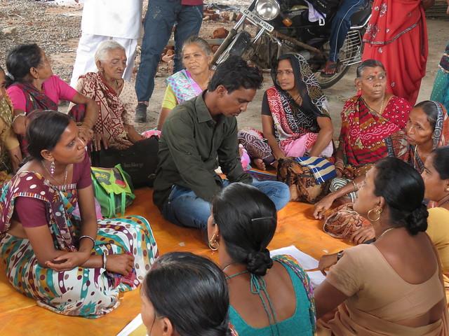 Nari Adalat in Gujarat / गुजरात में नारी अदालत