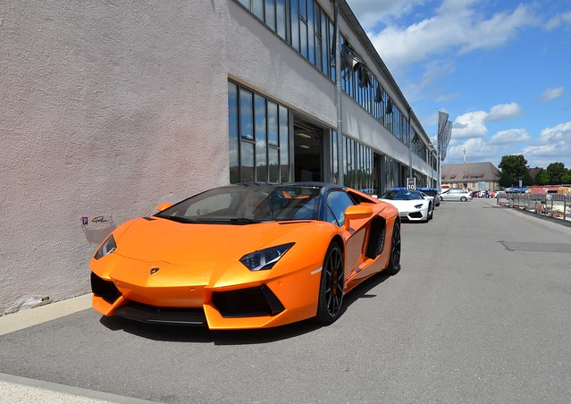 2 of a kind - Lamborghini Aventador LP 700-4 Roadster