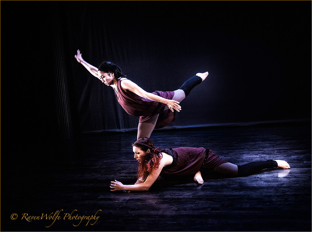 Anasma  and Tjarda in DNA at the NYTBC 2013  by Peter Paradise_dsc9731_HD