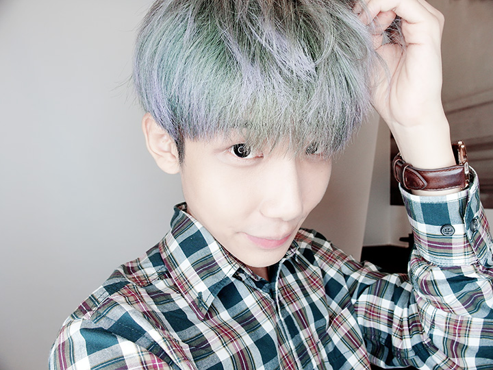 typicalben selca turquoise hair