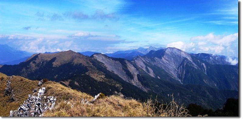 中央山脈北一、北二段連稜(From畢祿山)