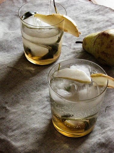Pear and Sage Sparklers
