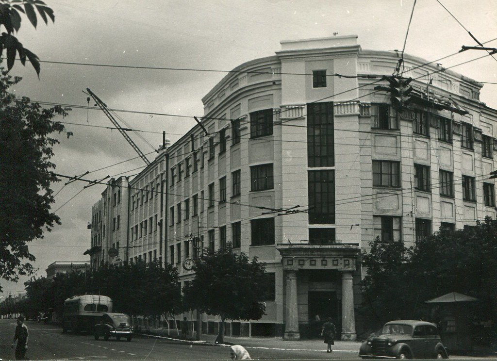 66_2_Авиационный институт на Самарской улице_арх Носиин Б.А