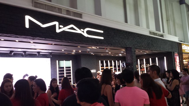 Mac-world-aids-day-glorietta