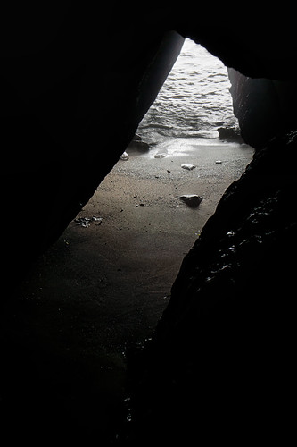 Tidal Cave by ericwagner