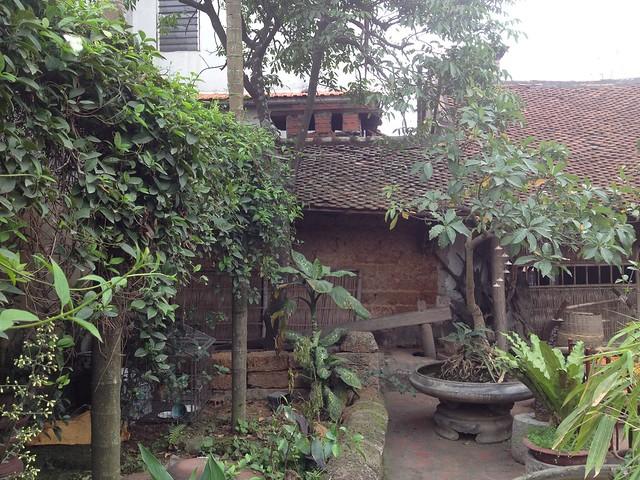 Duong Lam (70)