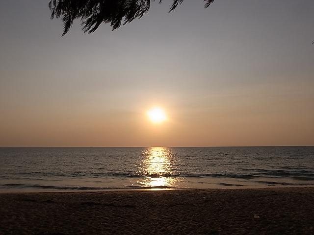 <p>ホットスプリングビーチの夕陽</p>
