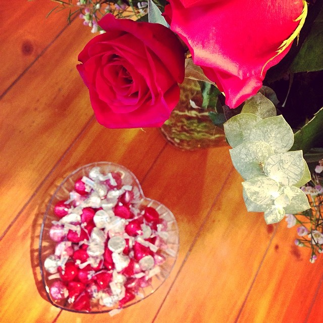I am in love with my second box from Influenster. One of the items in the #JAdoreVoxBox was a gigantic family size bag of Hershey #loveandkisses treats! I loved displaying these candies in a crystal heart dish next to the roses my hubby pie gave me. We ar