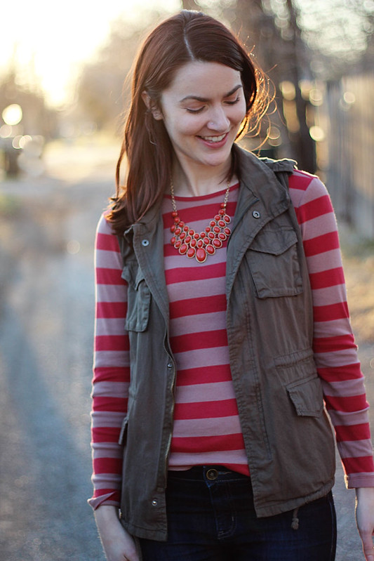 utility-vest-red-stripes5