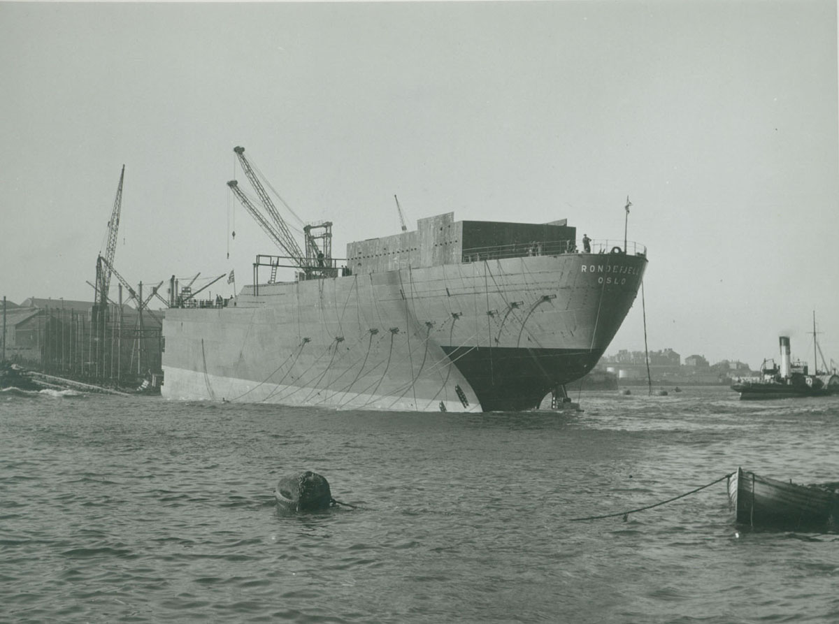 Launch of the 'Rondefjell'