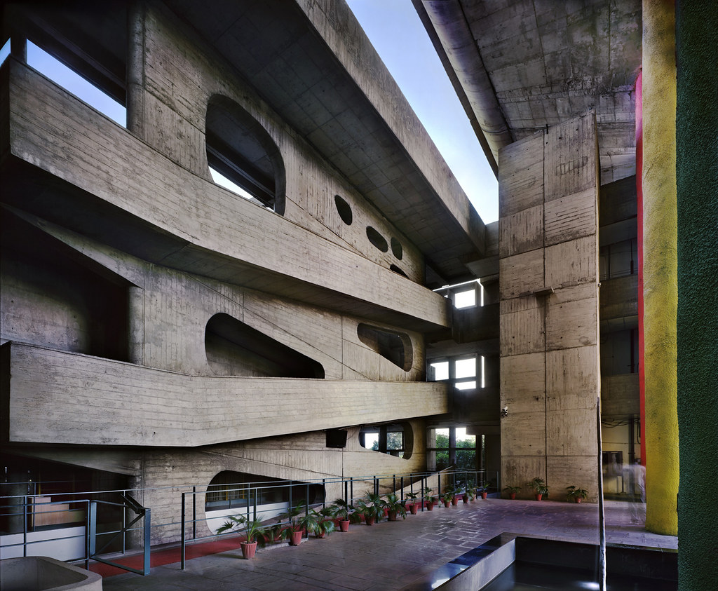 High Court, Chandigarh, Punjab, India, 1952-56. © Richard Pare, 2012