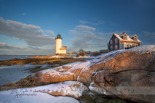 winter lighthouse snow newyork sunrise massachusetts newengland places northshore gloucester annisquam weatherandseasons january2015