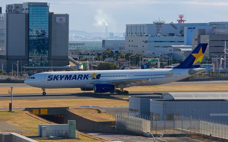 Skymark JA330D