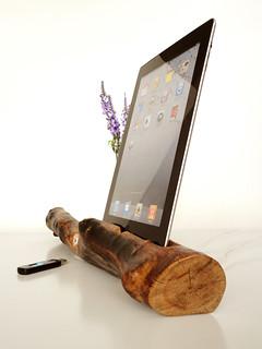 iPad charging station + vase