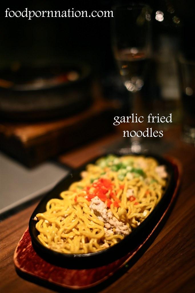 garlic fried noodles - Kintan