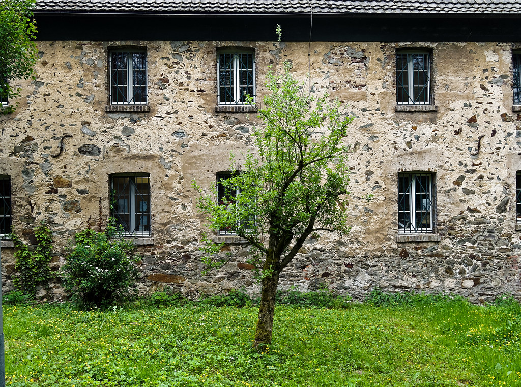 Hotel Pension Haus Demmer In Langenfeld