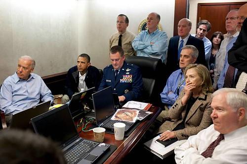 오바마, 빈 라덴 급습 작전 '실황' 모니터