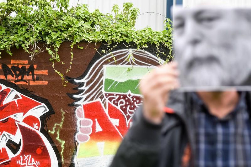 Evry Daily Photo - Autoportrait dans la ville - Evry