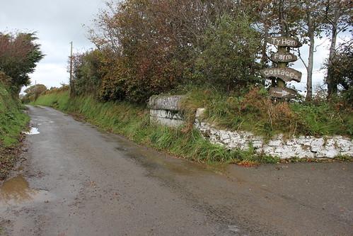 Stondin Laeth, Ty Hen Farm Cottages, Llwyndafydd