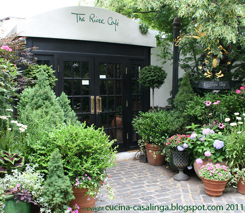 River Cafe Eingang