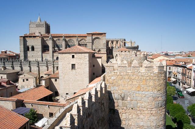 アヴィラ 城壁