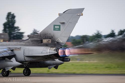 الموسوعه الفوغترافيه لصور القوات الجويه الملكيه السعوديه ( rsaf ) - صفحة 6 9740555060_9ae7732012