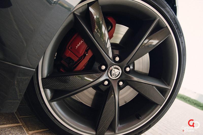2014 Jaguar F-Type V8-27.jpg