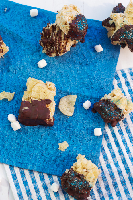 Chocolate Dipped Potato Chip Rice Krispie Treats #SundaySupper