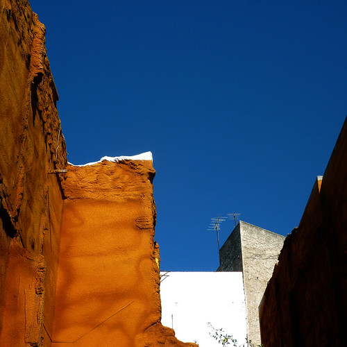 orange wall, blue sky by pho-Tony