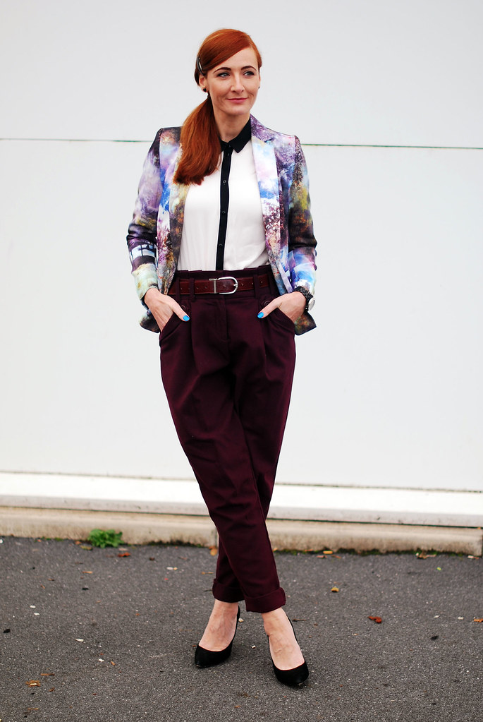 Landscape patterned blazer, black & white shirt and purple peg legs