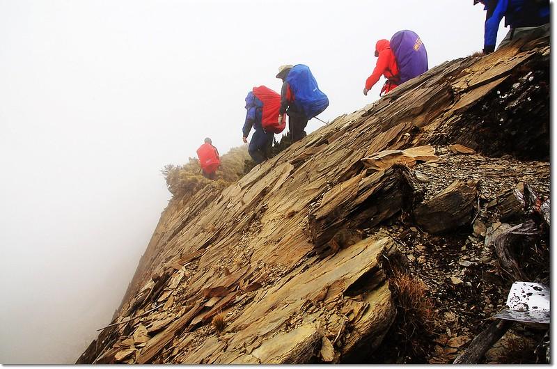 攀越本鄉山裸岩 2