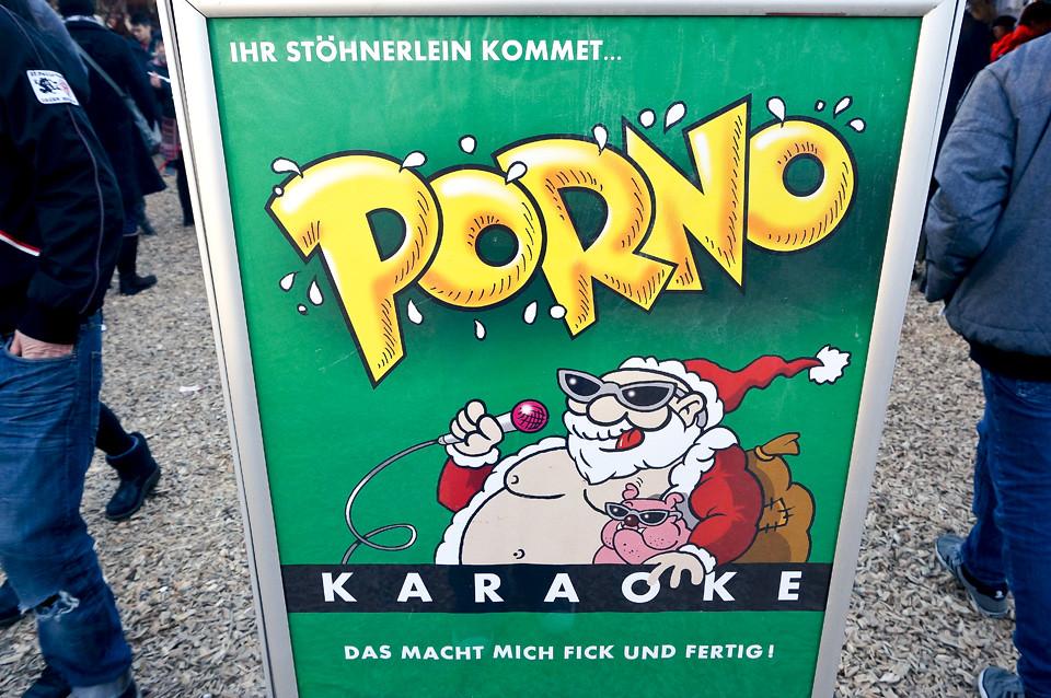 Santa Pauli Porno Karaoke