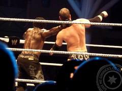 boxing ring(0.0), professional boxing(0.0), muay thai(0.0), shoot boxing(0.0), punch(0.0), amateur boxing(0.0), boxing(0.0), individual sports(1.0), contact sport(1.0), sports(1.0), professional wrestling(1.0), combat sport(1.0), puroresu(1.0), wrestler(1.0),