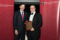 Dr. Ellen Receives Alumni Achievement Award from Temple University