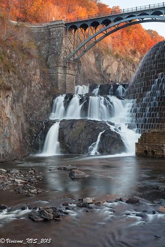newyork sunrise waterfall dam crotongorgepark
