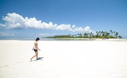 beach indonesia island sulawesi wakatobi sawa tenggara