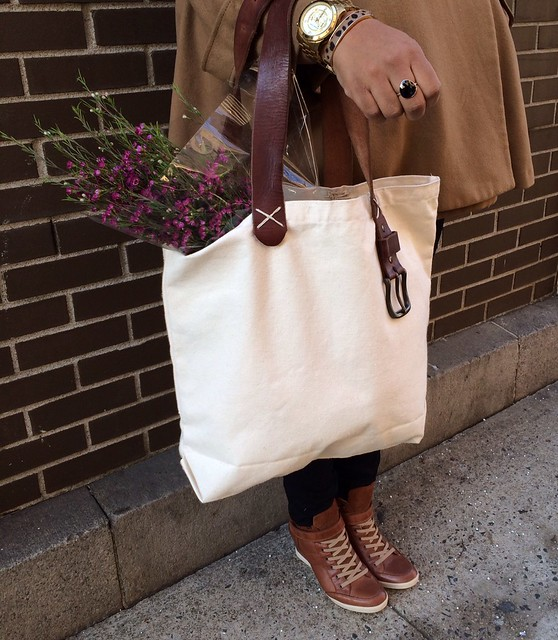 Canvas Tote w: Leather Straps 3