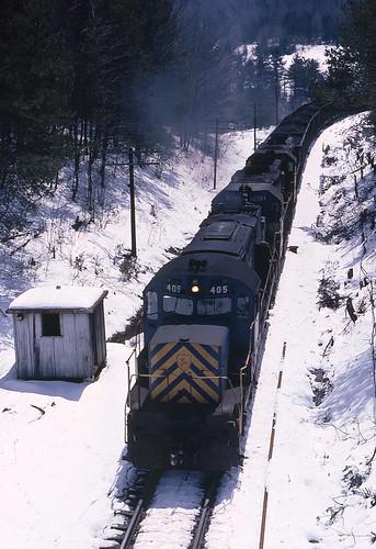 dh alco coaltrain delawarehudson c420 tunnelny alcolocomotive dh405 winterrailroading beldenhill guilfordrr