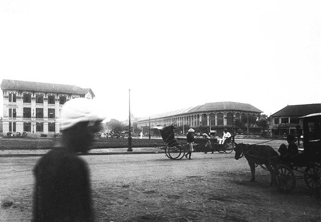 SAIGON - la Place Cuniac - Bùng binh Chợ Saigon