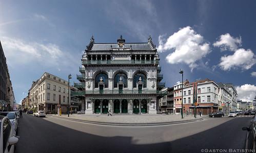 Koninklijke Vlaamse Schouwburg, KVS. in het Frans: Théâtre royal flamand, Rue de Laeken 146, 1000 Bruxelles, Belgium