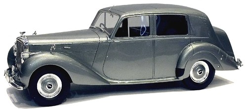 Matrix Bentley 4 litre 1949 1-18