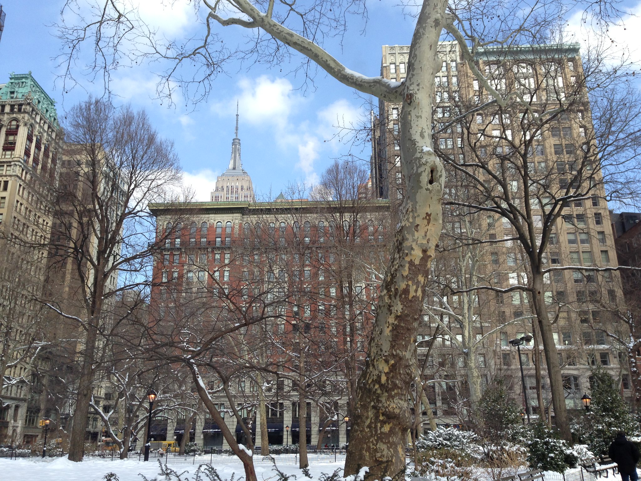 Empire State Building desde Madison Square Park, NYC. Nueva York