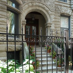 Chicago, Gold Coast, Stone Row Residence and Gate